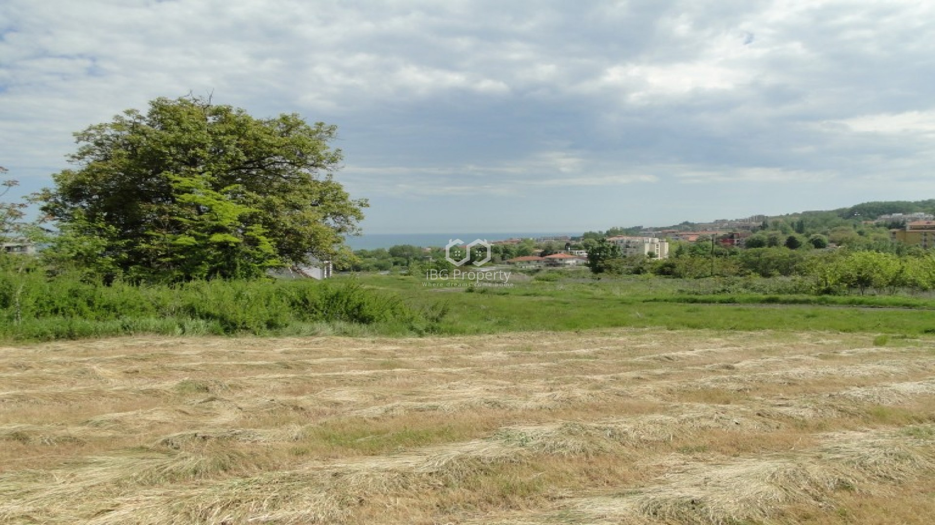 EXCLUSIVE OFFER! Land Byala 1032 m2