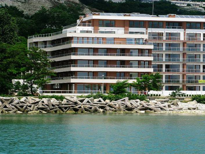 One bedroom apartment Balchik 89 m2