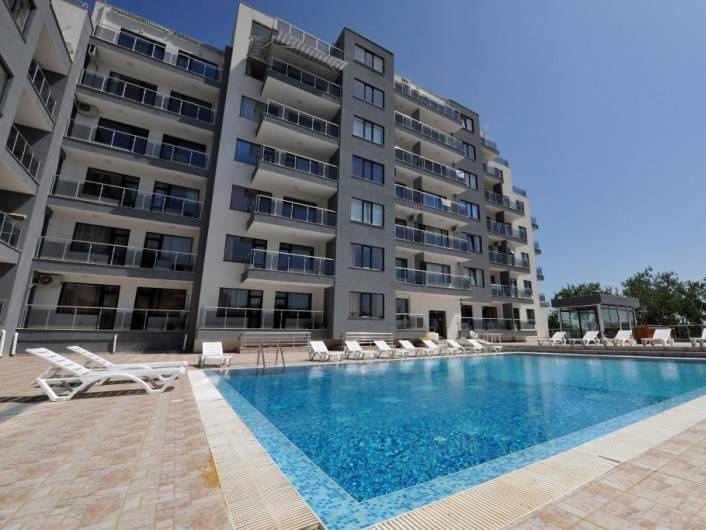 One room apartment Golden-sands 61 m2