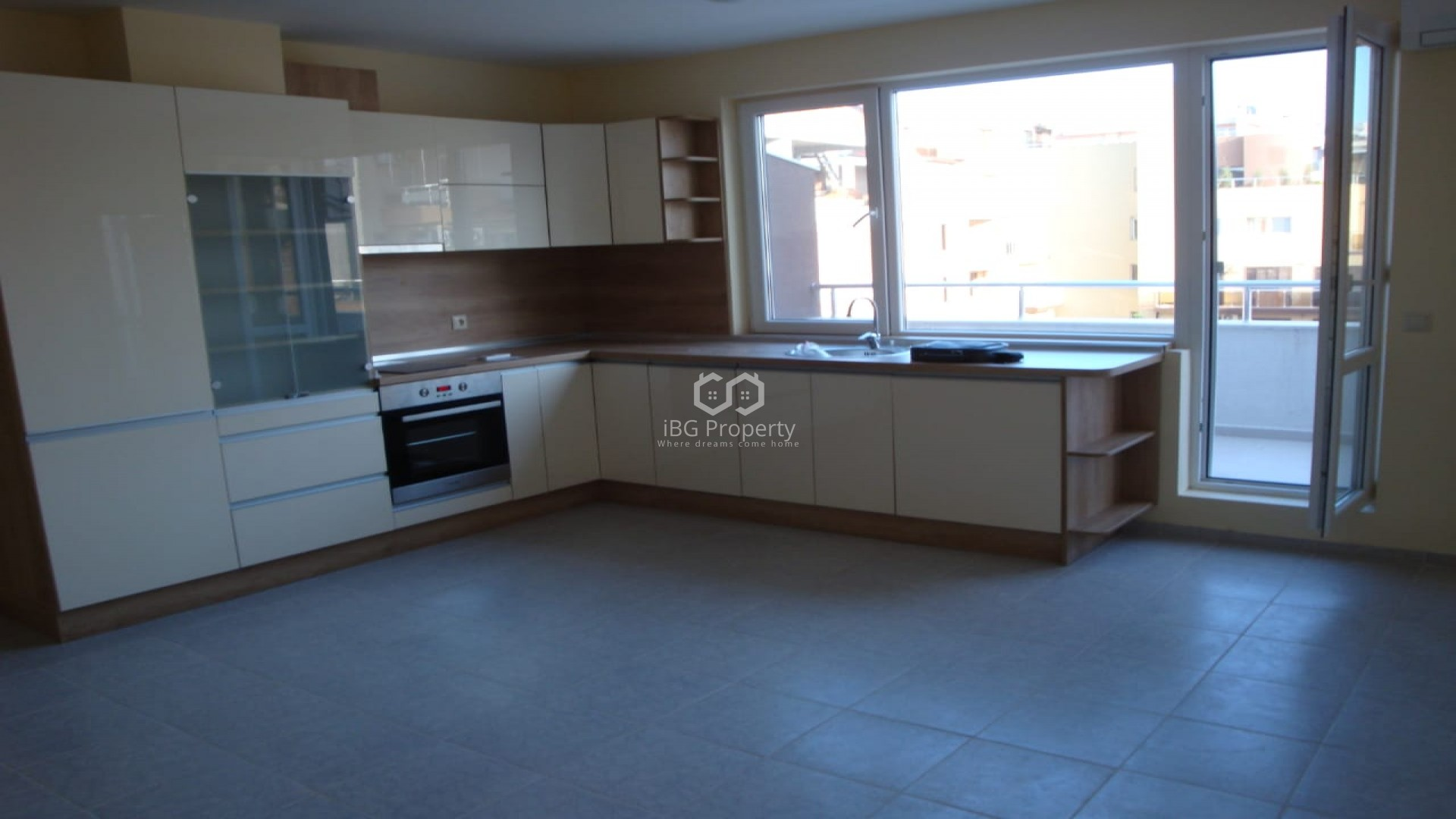 Two bedroom apartment Pomorie 93 m2