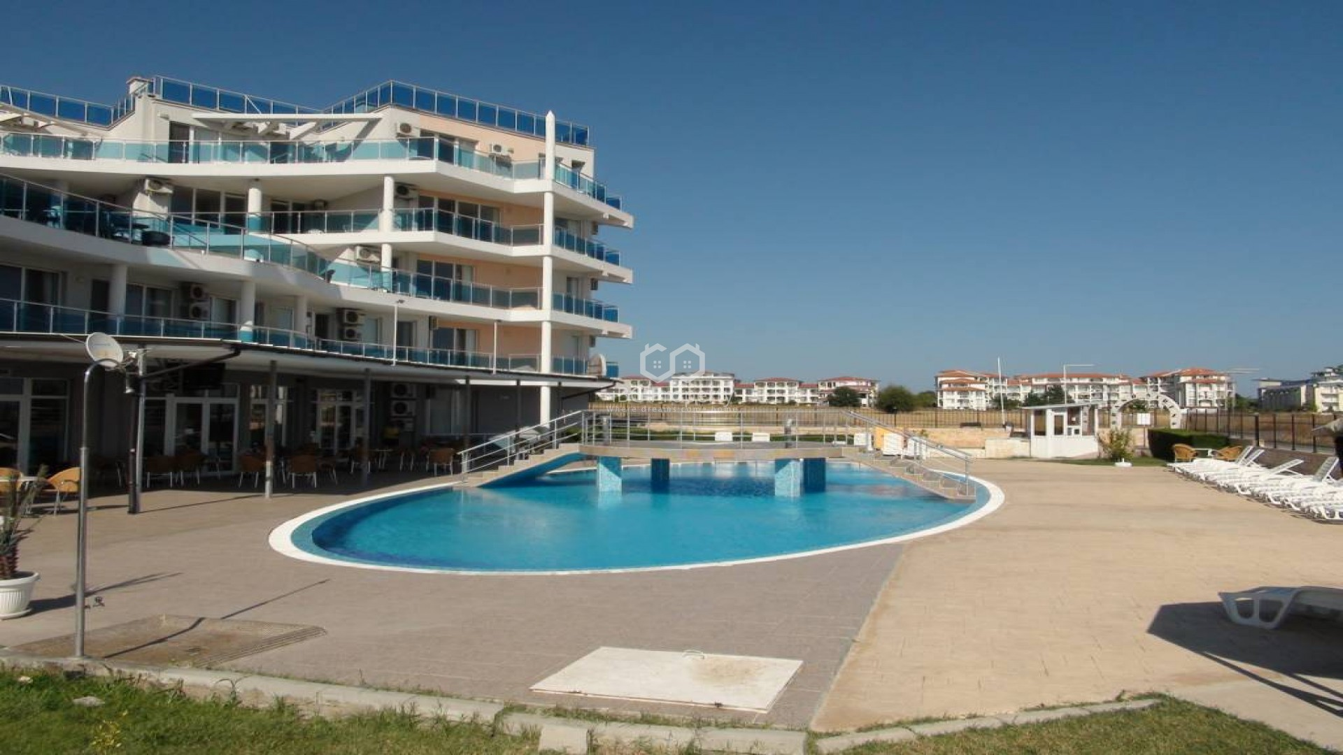One room apartment Aheloy 42 m2