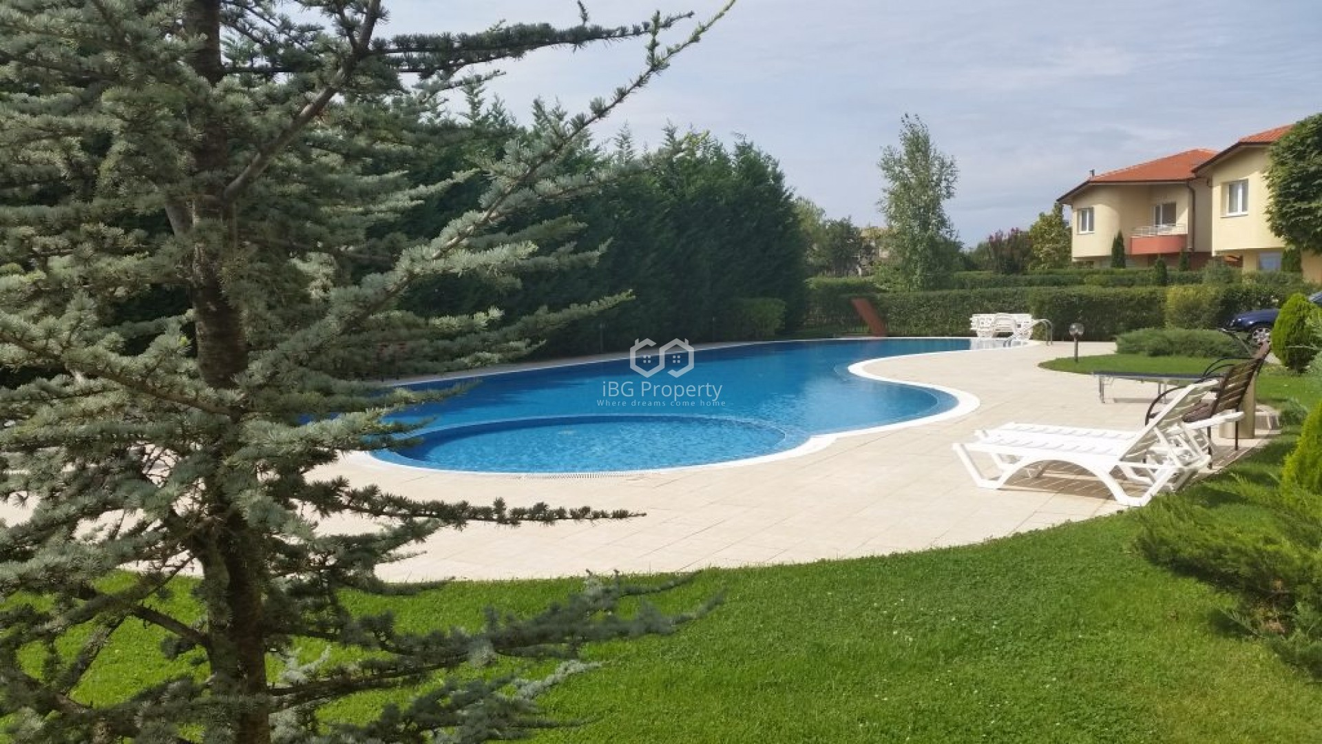 Two bedroom apartment Varna 65 m2