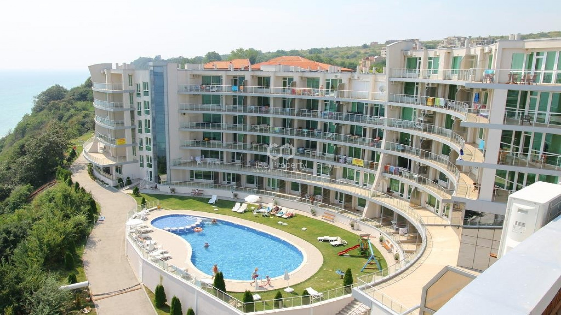 One room apartment Byala 79,48 m2